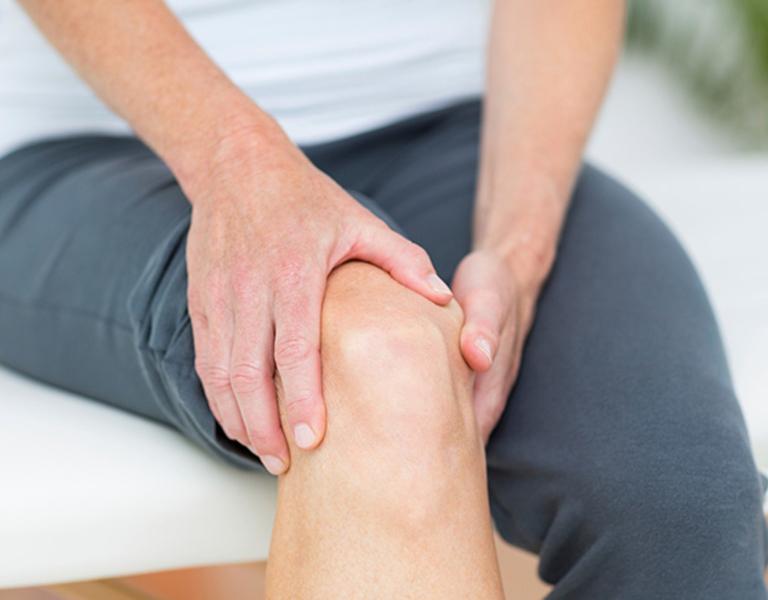 Knee Pain in Estero